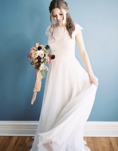 Alyssa O., Barbizon Southwest alum, modeled for Emma and Grace Bridal