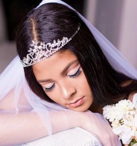 Barbizon Manhattan graduates Christine, Taylor and Solanli booked a bridal photoshoot1