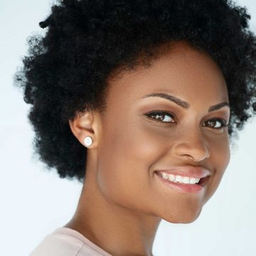 headshot of Chatayana Hicks-Dixon smiling