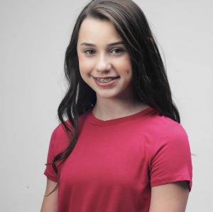 Ella Jones, Barbizon of Kansas City grad, signed with TANDM Talent Management