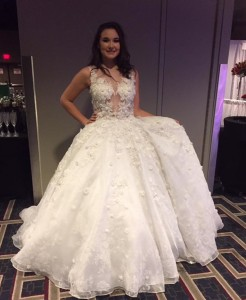 Julia Jones, Barbizon of New Orleans grad, modeled in the Ann Marie Cianciolo Bridal Show