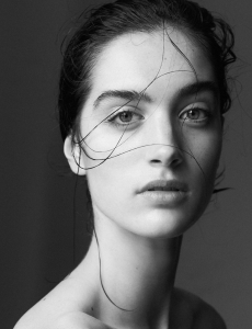 Liz Seibert, Barbizon Chique alum, signed with Indastria Model Milano in Milan, Italy