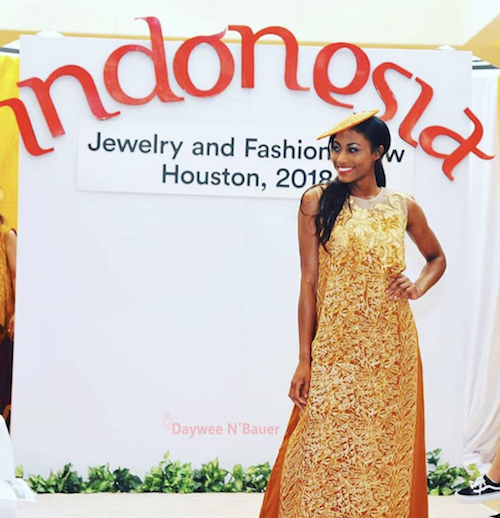 Seven Barbizon USA models walked for the Consulate General of Indonesia Houston in the Indonesia Jewelry and Fashion Show 1