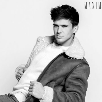 Kyle sinnot modeling for Maximo Magazine